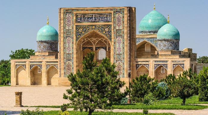 Uzbekistan -  Mošeja v Taškentu1