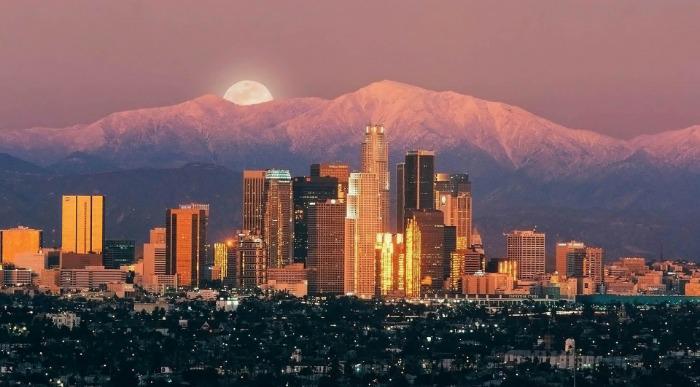 ZDA-Los Angeles