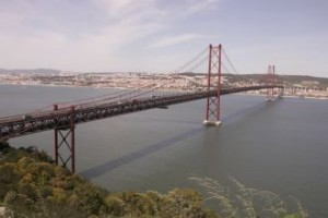 Lizbonski mostovi 300x200 - Lizbona iz mojih oči