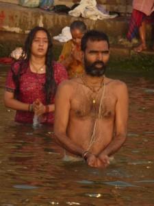 Indija-obredno kopanje
