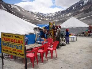 Iindija-Ladakh-cestna postojanka
