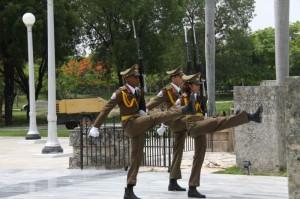 1-Častna straža-Mavzolej Jose Martija-Santigo de Cuba