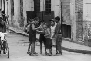 Otroški vsakdan na ulicah Havane