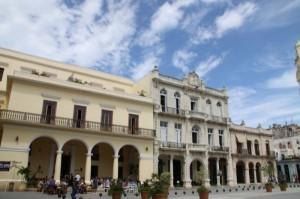 Stari trg v Havani-prelepa kolonialna arhitektura