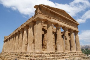 Sicilija-Dolina-Templjev-pri-Agrigentu-Zeusov-tempelj