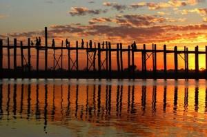 Burma.Mandalay - najdaljši tikov most na svetu