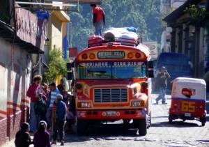 Chicken bus 300x211 - Po majevskih stopinjah skozi Mehiko, Gvatemalo in Belize