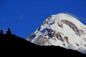 Gruzija in Ararat v ozadju