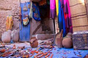 Maroko prodaja spominkov 300x199 - Nepozabni Maroko