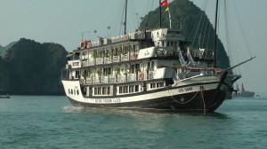 2.12.2013-Hanoj-Ha Long Bay-Hanoj-vlak za Hue1