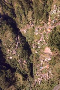 Vrtoglavi pogled na Nunsko dolino ali deželo kostanja