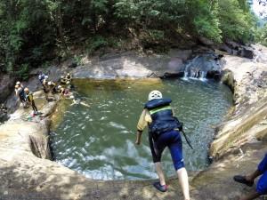Šrilanka-skok v vodo