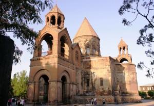 Ečmiadzin