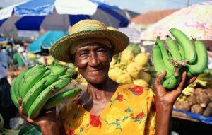 ljudje 300x191 - 9 razlogov za potovanje v Nikaragvo, Kostariko in Panamo
