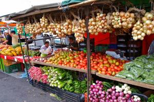 tržnice 300x200 - 9 razlogov za potovanje v Nikaragvo, Kostariko in Panamo