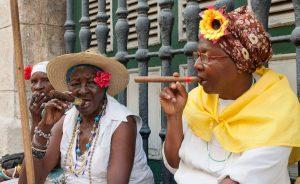 Kuba cigare 300x184 - Vtisi iz poletnih potovanj