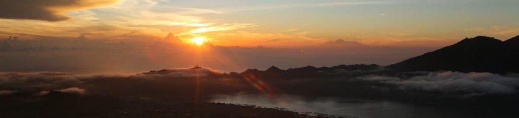 2Y8A7059 edited 1024x234 - Sončni vzhod na vulkanu Batur