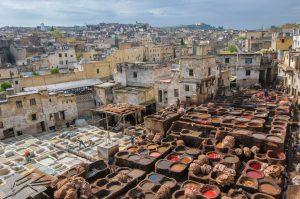 Maroko-Fez-barvanje usnja