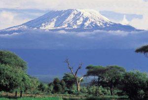 Tanzanija-Kilimanjaro-od daleč
