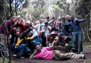 Tanzanija-Kilimanjaro-skupinska z nosači