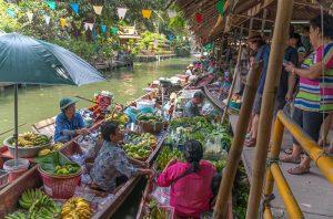 Tajski-biseri-in-morje